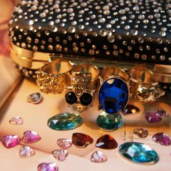 Punk Skull Knuckle Rings Bling Clutch Box Party Satin Rhinestone Evening Handbag