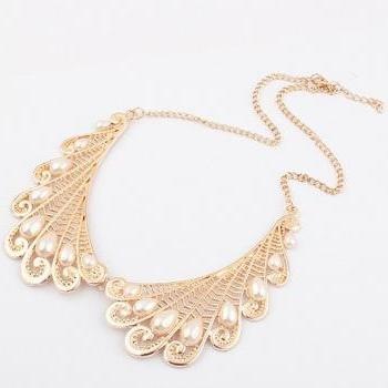 Gold Hollow Out Metal Pearls Peacock Feather Wing Pendant Collar Chunky Necklace